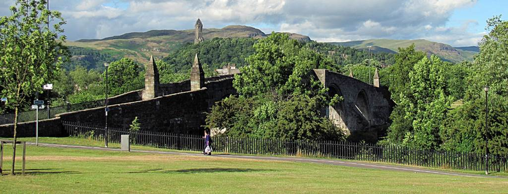 image source https://commons.wikimedia.org/wiki/File:Stirling_Bridge_and_Wallace_Monument.JPG From Wikimedia Commons, the free media repository